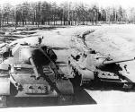 СУ-101 и СУ-100 на танкодроме Уралмашзавода.jpg