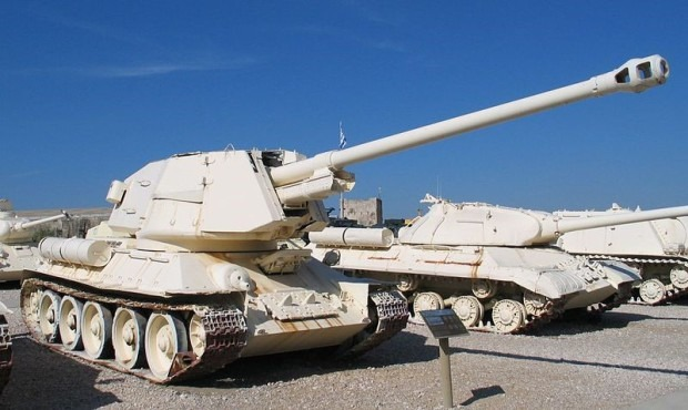 Т-100 в Египетском музее.