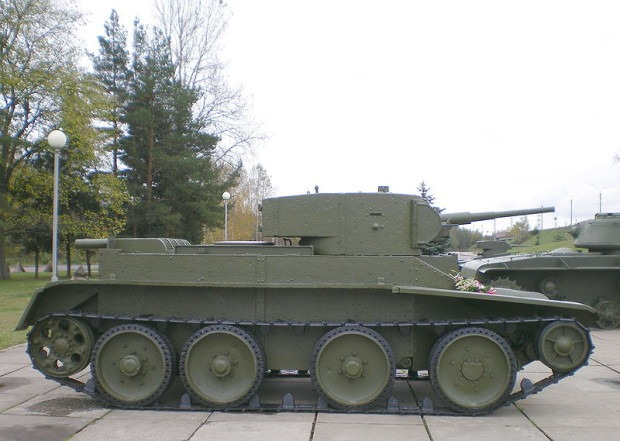 БТ-5 в музее в Кировске