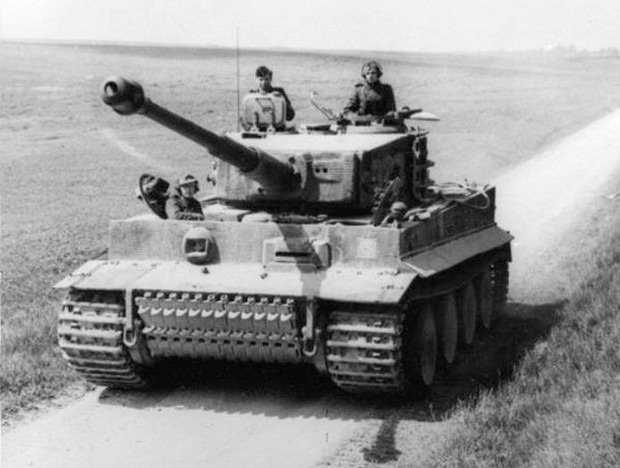 Тяжелый немецкий танк Тигр